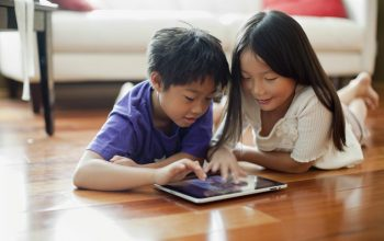 Study Says Kids May Suffer Withdrawals Without Tech