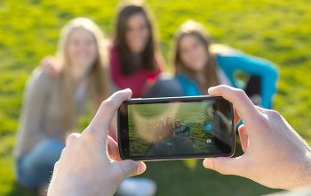 The Smartphone Eats Away at Entry-Level Photo Biz